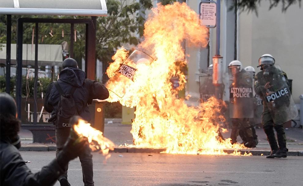2008 Greek riots - Photos - The Big Picture - Boston.com