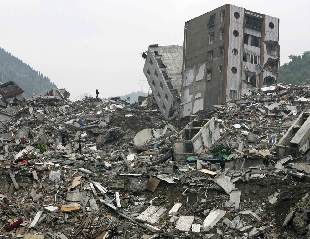 Essay/Term paper: Radioactive wastes