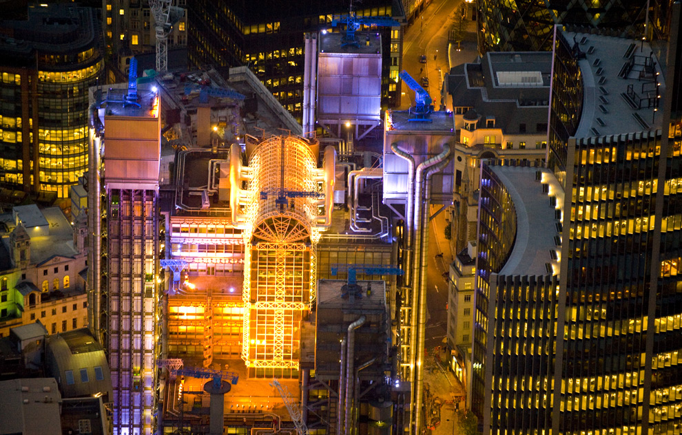 Ночной Лондон с высоты птичьего полёта (17 фото - 4.86Mb)