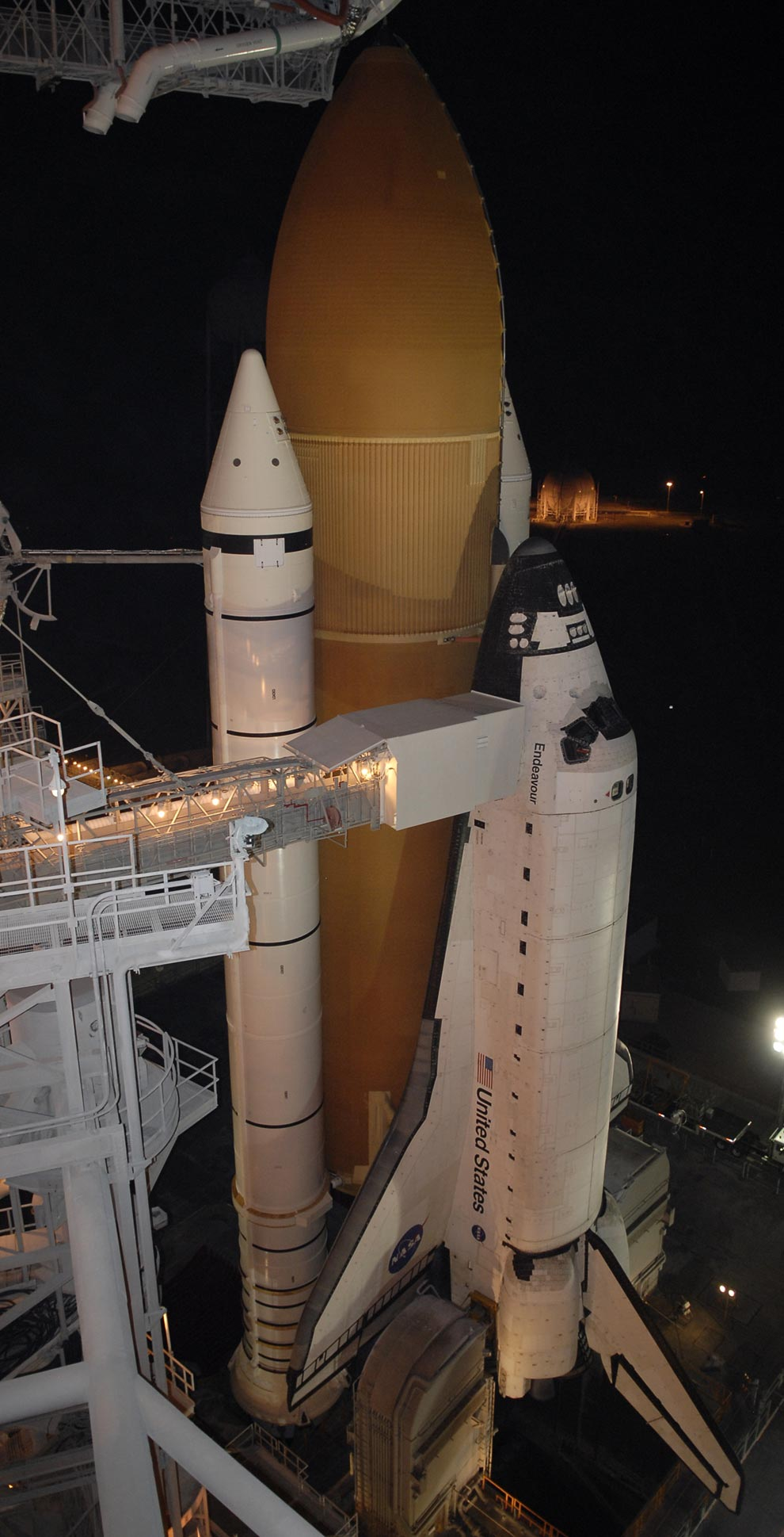 where is endeavour space shuttle right now - photo #4