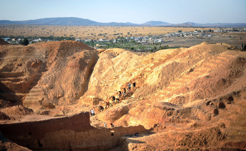 The sapphire mines of Madagascar - Photos - The Big Picture